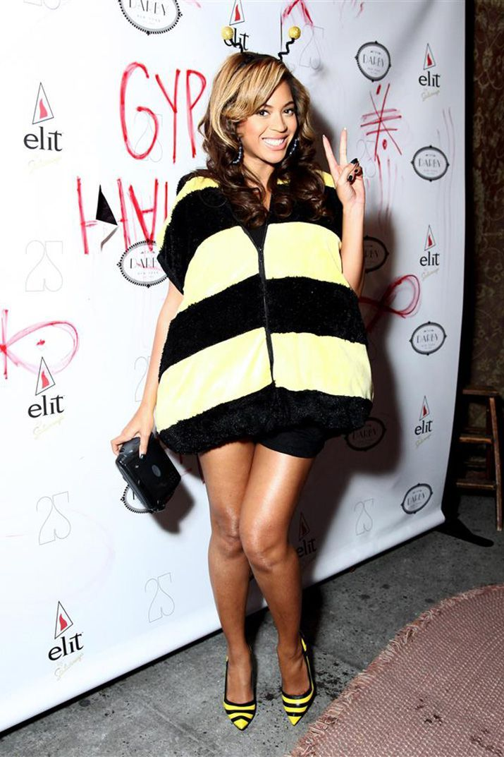 The Most Epic Celebrity Halloween Costume Ideas afro women