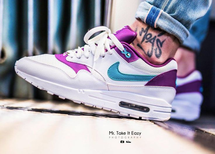 sweetsoles: Nike ID Air Max 1 (by mrtakeiteazy) Design your own Nike US
