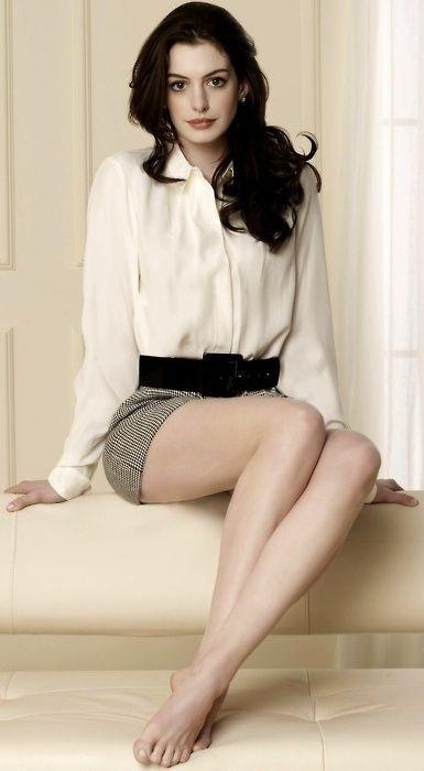 Anne Hathaway, love her style