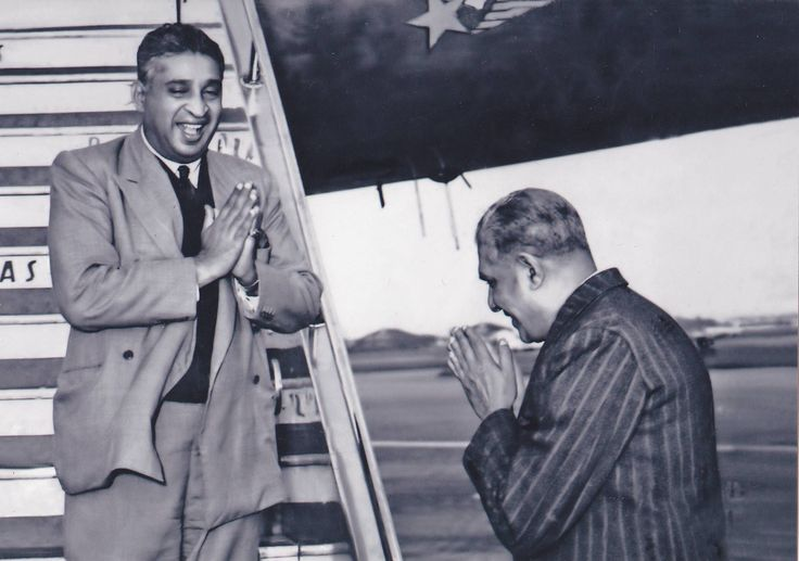 Former Prime Miniser Dudley Senanayake greeted by Sir Edwin Wijeyeratne Cabinet Minister of Home Affairs and Rural Development at Ratmalana Airport in 1949. Photo Credits - Anuradha Dullewe Wijeyeratne