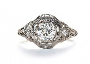 Great Site for vintage inspired jewelry