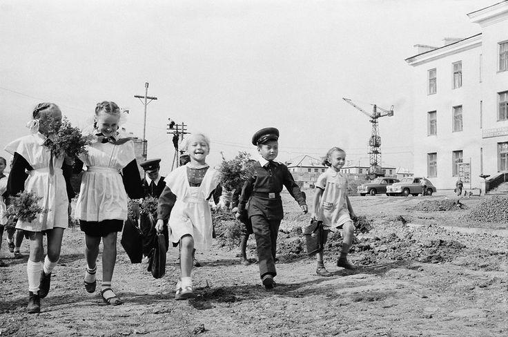 По волнам нашей памяти! Советская школьная форма - Позитив из Города Солнца