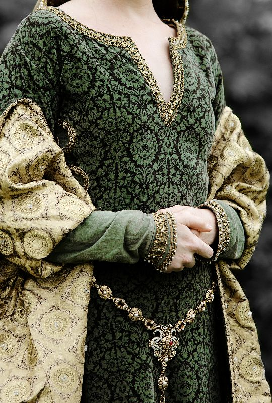 Wolf Hall + Costume Details   ©
