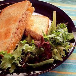 Foto de la receta: Sándwich de atún con queso fundido
