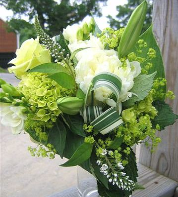 Bells Of Ireland In Bouquet Perfect For The Irish Bride CL Wedding