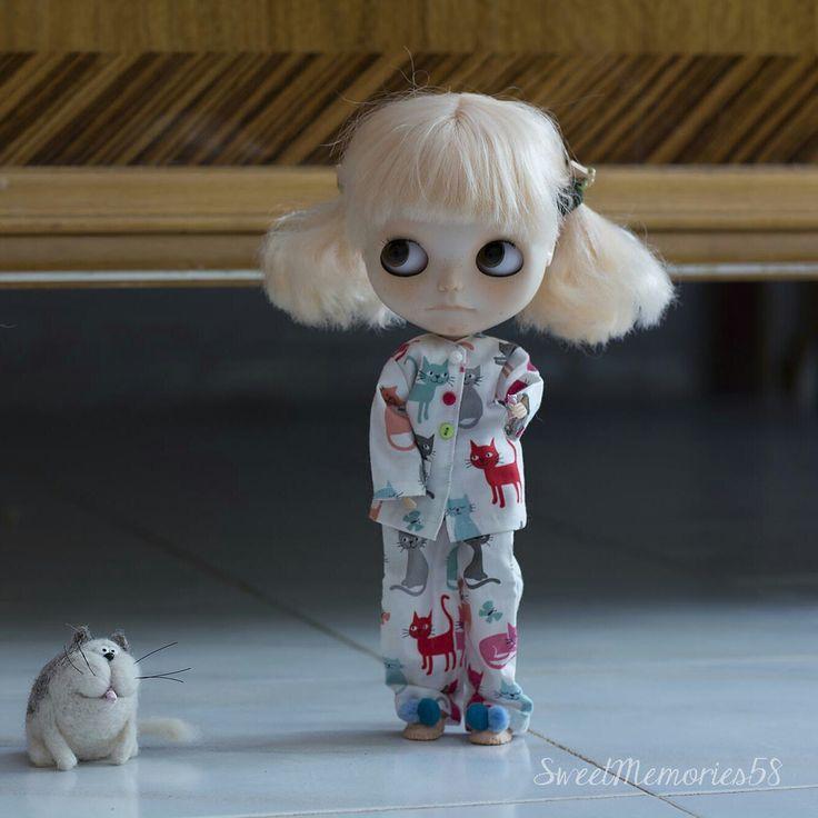 Pajamas made to order for Blythe <3