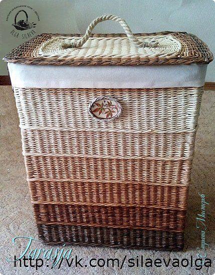 Поделка изделие Плетение Корзина Три шоколада Бумага Бумага газетная Трубочки бумажные фото 1