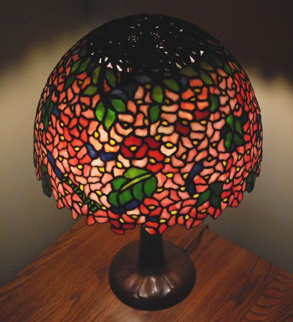 A reference source for antique stained glass leaded lamps