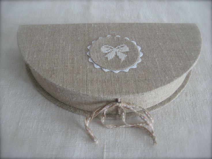embroidered box by Chez Zéphirine