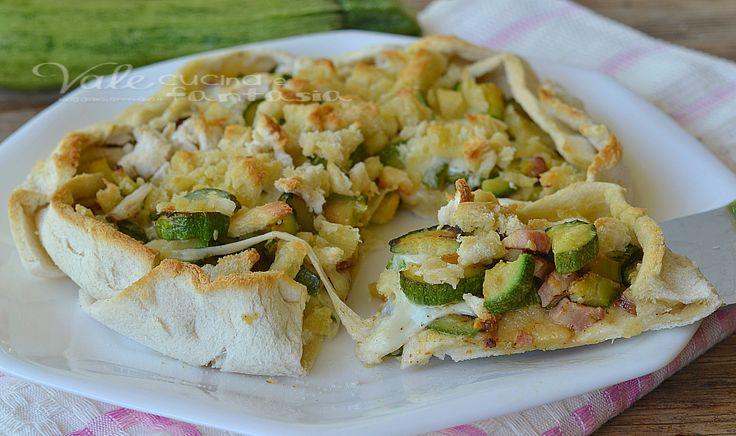 Sbriciolata di pancarrè con zucchine pancetta e mozzarella