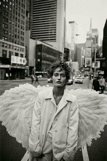 Amber Valletta,  New York,  USA,  1993.  Peter Lindbergh