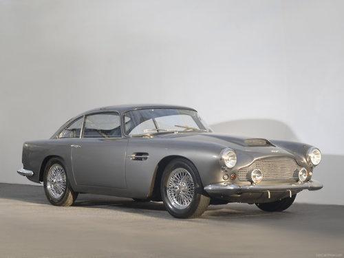 \\ Aston Martin DB8 (1954)
