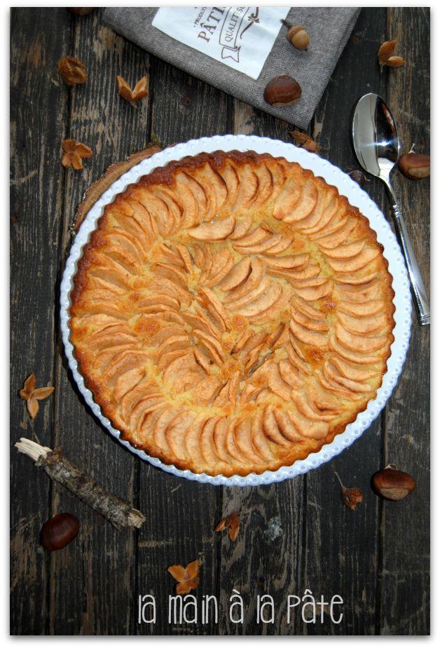 Gâteau moelleux pommes frangipane