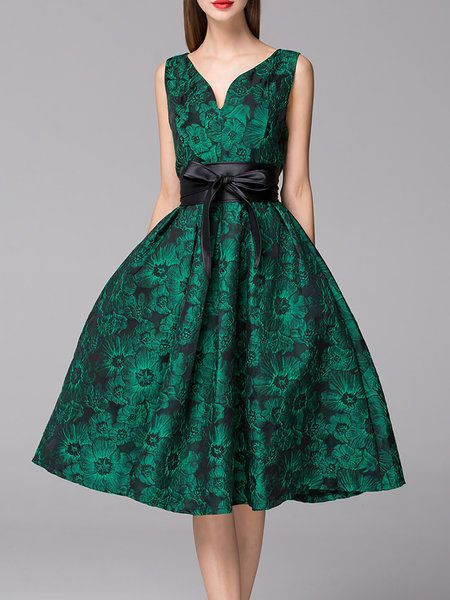 Shop Midi Dresses - Cocktail Sleeveless A-line Jacquard V Neck Midi Dress…