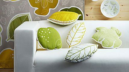 Aus der Ikea Meterware Gurine lassen sich Kissen in Blattform fertigen. Foto: Ikea