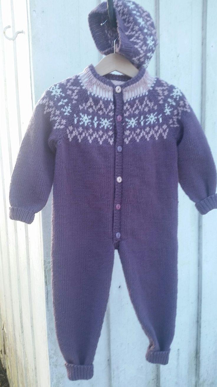 Isabella dress knitted in Extrafine merino 120 from Hjertegarn