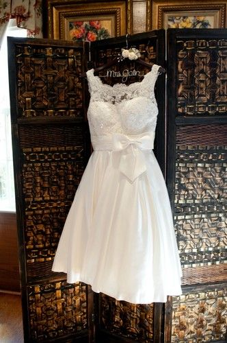 Short Wedding Dress, Lace top, A-Line, Ivory. I love the top of this dress for a long dress!