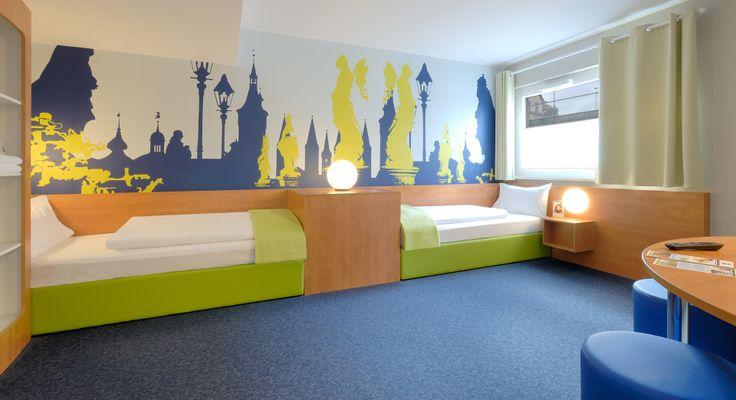 Barrierefreies Zimmer im B&B Hotel Würzburg