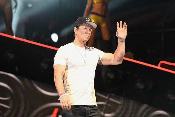 Mark Wahlberg Photos - Mark Wahlberg speaks onstage during the 2018 JBL Three-Point Contest at Staples Center on February 17, 2018 in Los Angeles, California. - JBL Three-Point Contest 2018