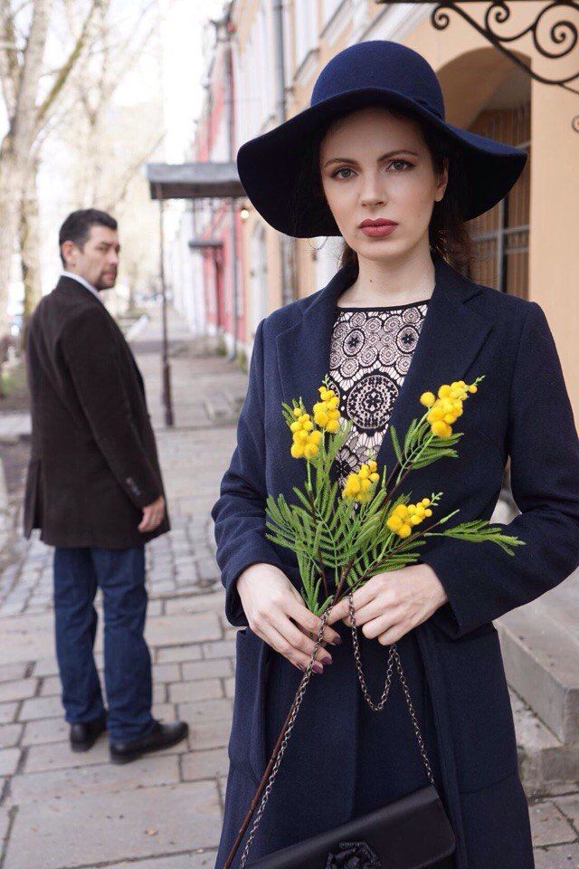 The Yellow Flowers - Model: Evgenia Gosteva, Moscow, Russian Federation - 2017