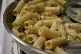 Simple pasta with mustard-sauce