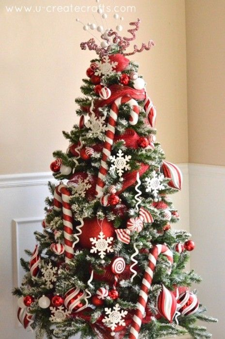 Peppermint & Snow Christmas Tree Revealed!