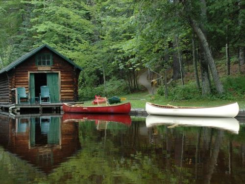 I want to be hereLakes House, Dreams, Boats, Boathouse, Cottages, Places, Rivers, Canoes, Logs Cabin