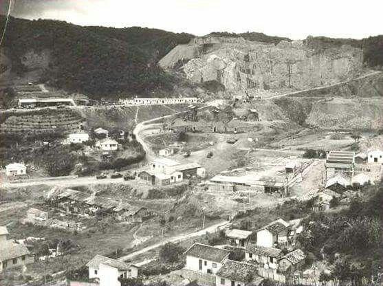 Aparador De Ferro Com Vidro ~ Bairro de Vila Albertina, no Tremembé, zona norte da cidade Vista aérea da antiga pedreira