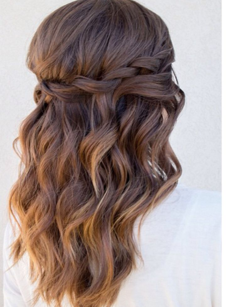 Beachy wave with a twist