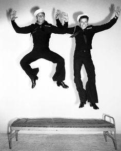 Gene Kelly e Frank Sinatra em Os Marujos do Amor, anos 50