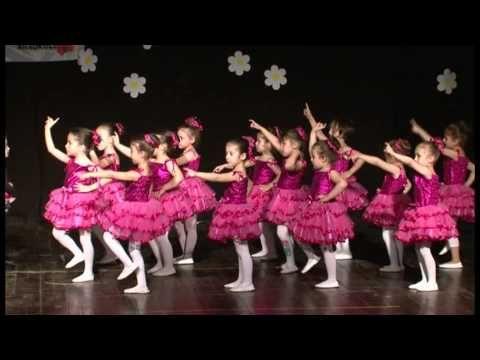 10 Kelebekler ve Çalışkanlar Sınıfı Modern Dans Gösterisi - YouTube