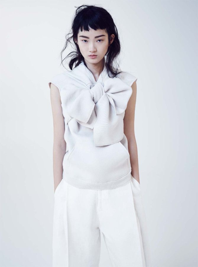 White inspiration| Hyun Ji By Nicole Bentley For Marie Claire Australia June 2015 | http://www.theglampepper.com/2015/05/22/white-inspiration-hyun-ji-by-nicole-bentley-for-marie-claire-australia-june-2015/