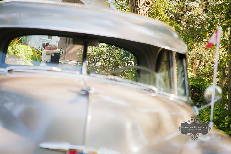 journalistic wedding photography with vintage car