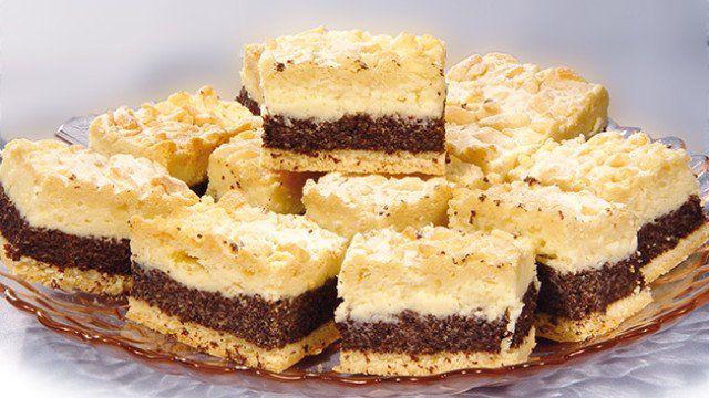 výborný  koláčik  s  makom a  s  tvarohom..