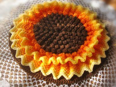 ひまわりの円座 (Crochet Seat Cushion - Sunflower)