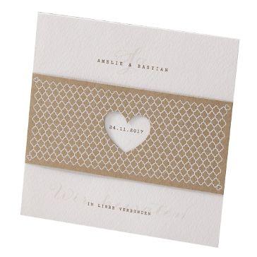 """Hochzeitseinladung """"Elli"""" - Natürliche Einladungskarte mit Banderole aus angesagtem Kraftpapier"""