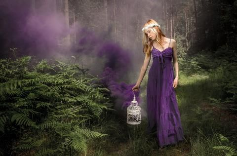 Shooting with Smoke Bombs on Location: Take and Make Great Photography with Gavin Hoey | Expert photography blogs, tip, techniques, camera reviews - Adorama Learning Center