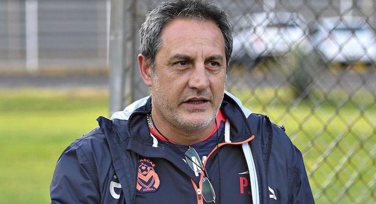 La directiva de Monarcas Morelia oficializó este lunes la salida del técnico argentino Pablo Marini, quien solo pudo ganar un partido de Liga al frente de los michoacanos tras cinco ...