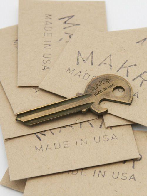 .Open Keys, Crafts Ideas, Antiques Bottle, Bottle Keys, Bottle Openerkey, Antiques Brass, Christmas Gift, Opener Keys, Makr Carrie