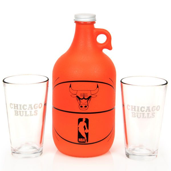 Chicago Bulls Basketball Jug & Pint Glass Mixed Box Set - $26.99