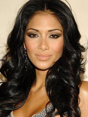 Nicole Scherzinger. Perfect makeup, perfect hair, perfect face...