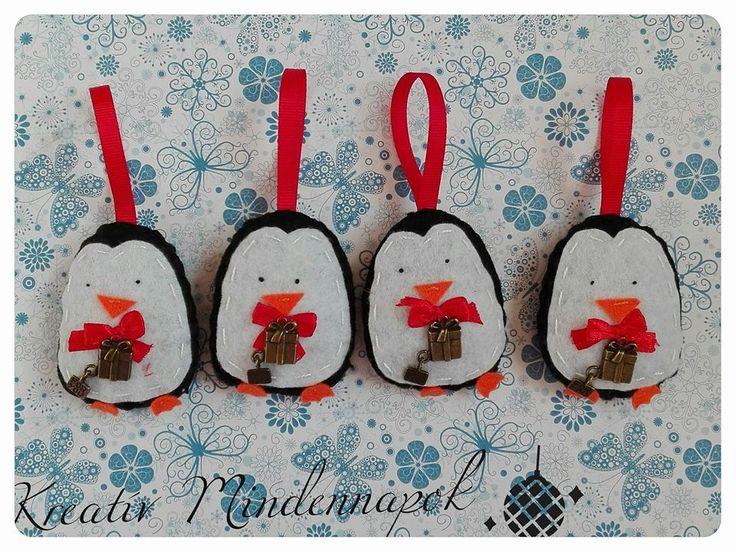 Kézzel varrt pingvinek készültek a karácsonyfára. Kezükben antik fém csomagok. - Hand-sewn Penguins made the Christmas tree. Antique metal hand luggage.