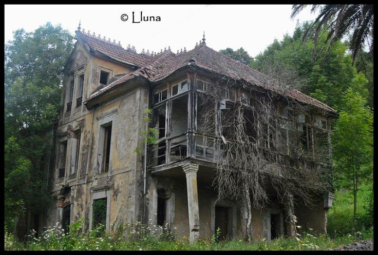 Abandoned, Spain and Abandoned homes on Pinterest