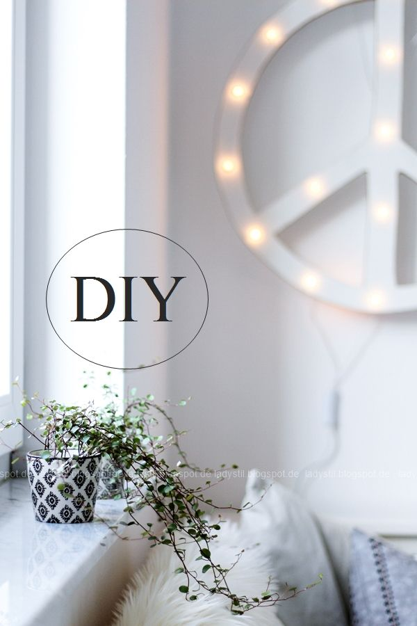 DIY Peace Sign Light