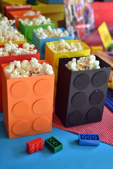 15 lego popcorn boxes as treats or favors - Shelterness