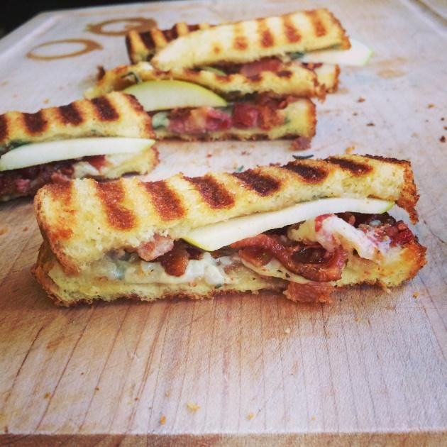 Cheddar, Apple, Bacon Panini - can't wait to use my  homemade apple butter on this!