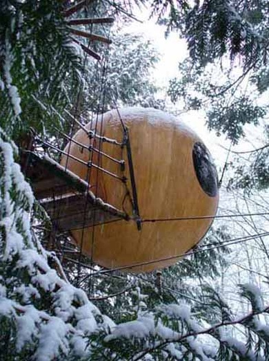 Yes it seems that I am overwhelmed with the desire to vacation in a bubble.  Free Spirit Spheres, Qualicum Bay, Vancouver Island, British Columbia, Canada.