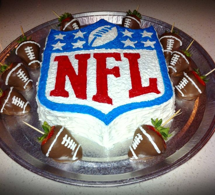 Cake Decorations Football Team : Best 25+ Football birthday cake ideas on Pinterest ...