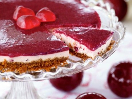 Cheesecake, lingon och kardemumma