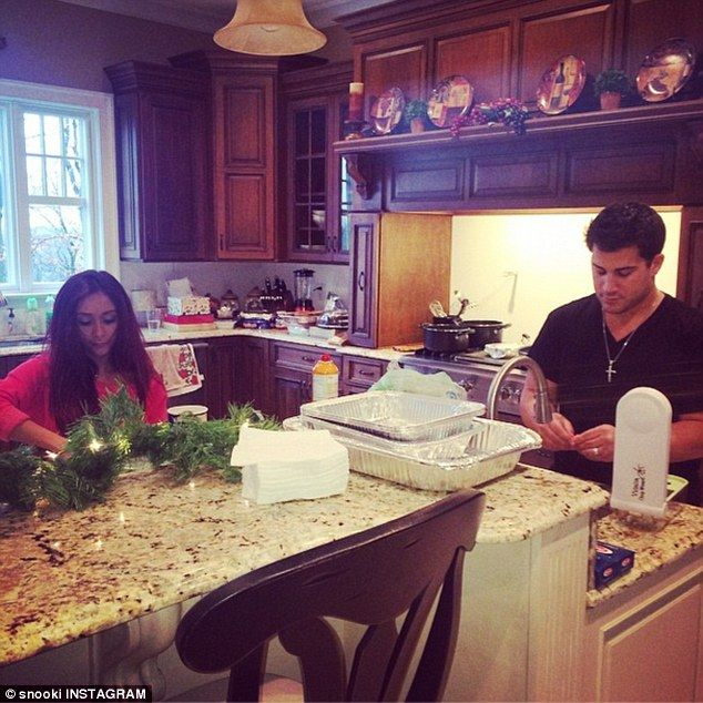 Preparations: The reality star prepped for the holidays alongside her  husband Jionni LaVal.